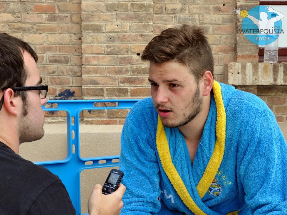Alejandro Bustos atendió a WATERPOLISTA.com tras el Campeonato / MIKE LENARD